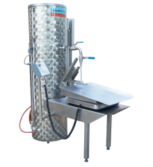 Pasteuriser with Bag in Box filling module and weight 100 l / h